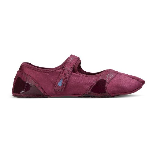 Womens Ahnu In Studi-Om Cross Training Shoe - Dark Plum S