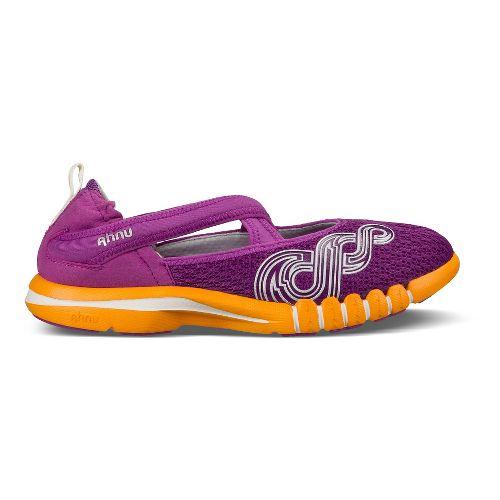 Womens Ahnu Yoga Split Cross Training Shoe - Berry Blast 9
