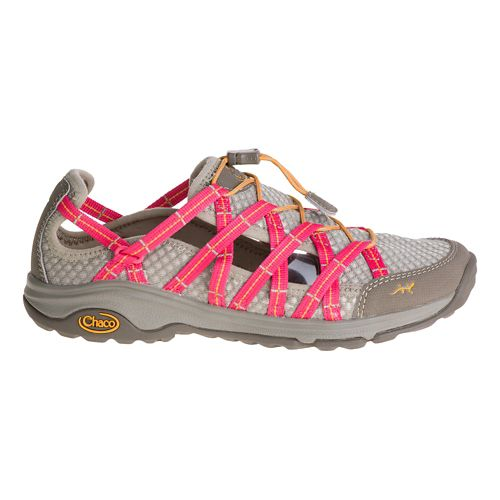 Womens Chaco Outcross EVO Free Hiking Shoe - Rogue 7