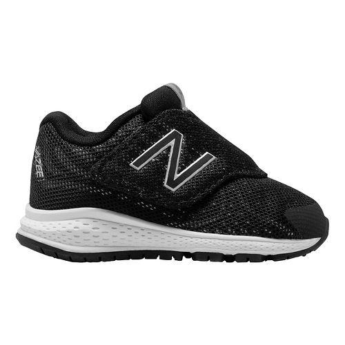 Kids New Balance Rush v2 Running Shoe - Black/Silver 6C