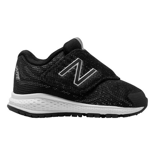 Kids New Balance Rush v2 Running Shoe - Black/Silver 6C