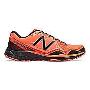 Mens New Balance 910v3 Trail Running Shoe