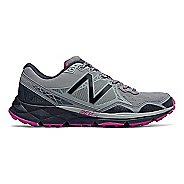Womens New Balance 910v3 Trail Running Shoe