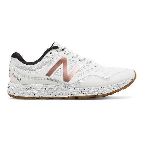 Womens New Balance Fresh Foam Gobi Trail Running Shoe - White/Rose Gold 10