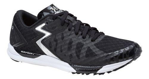 Womens 361 Degrees Chaser Running Shoe - Black/Silver 9
