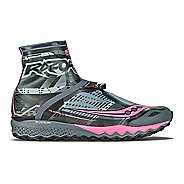 Womens Saucony Razor Ice+ Running Shoe