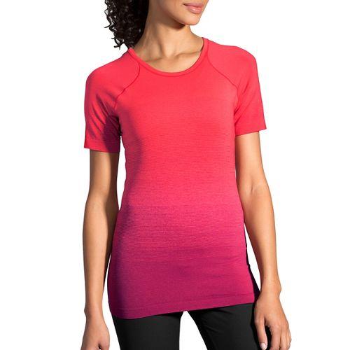 Womens Brooks Streaker Short Sleeve Technical Tops - Sangria/Poppy L