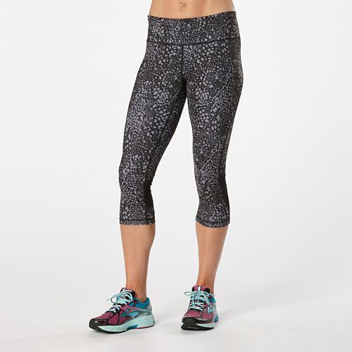 Womens Road Runner Sports Recharge Compression Printed Capri Tights - Black/Grey Mist Dot L