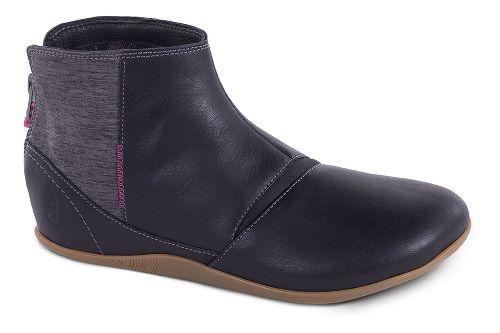Womens Ahnu Leela Casual Shoe - Black 9