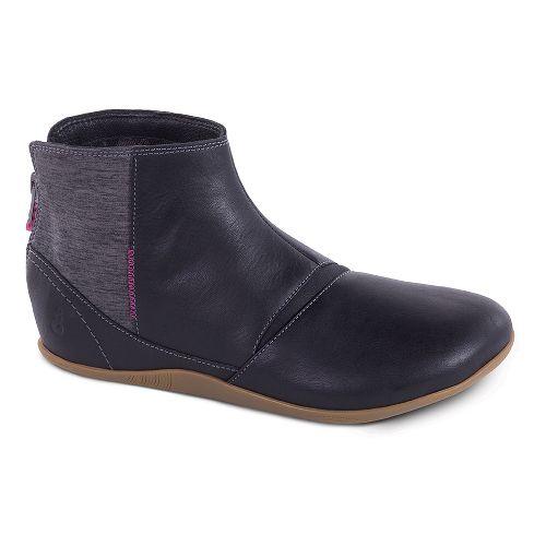 Womens Ahnu Leela Casual Shoe - Black 5