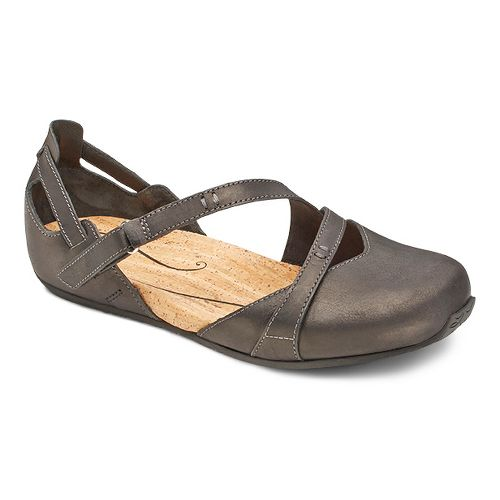 Womens Ahnu Tullia II Casual Shoe - Black 8