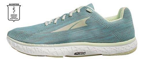 Womens Altra Escalante Running Shoe - Green 7