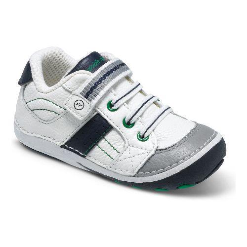 Kids Stride Rite SRT SM Artie Casual Shoe - White/Navy 3.5C