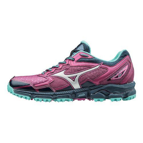 Womens Mizuno Wave Daichi 2 Trail Running Shoe - Fuchsia/Turquoise 8