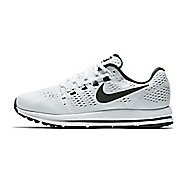 Mens Nike Air Zoom Vomero 12 Running Shoe