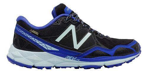 Womens New Balance 910v3 Gore-Tex Trail Running Shoe - Fin/Black 7
