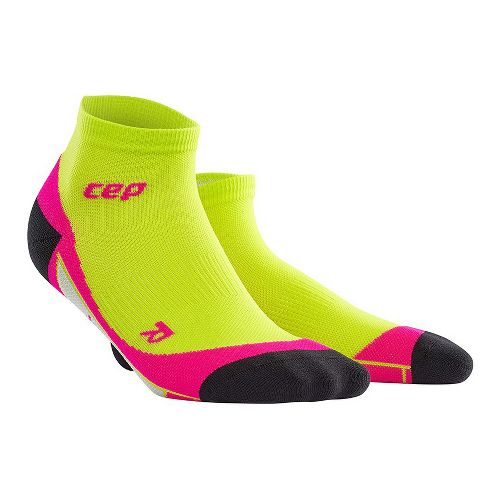 Womens CEP Dynamic+ Run Low-Cut Sock Injury Recovery - Lime/Pink M