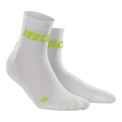 Womens CEP Dynamic+ Run Ultralight Short Sock Injury Recovery - White/Green S