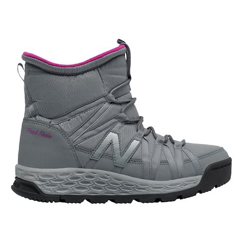 Womens New Balance 2000v1 Walking Shoe - Grey/Grey 6.5
