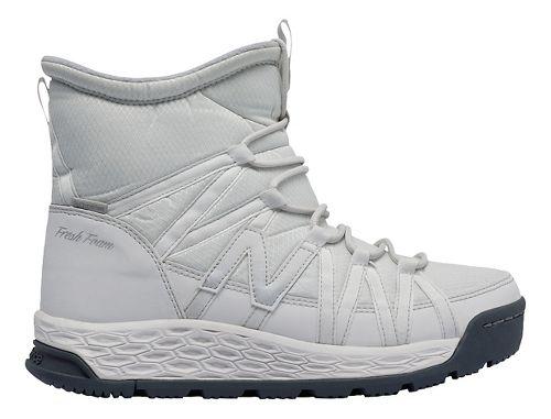 Womens New Balance 2000v1 Walking Shoe - White/Grey 6.5