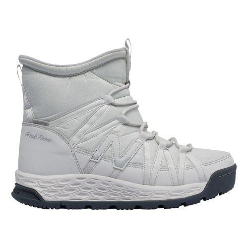Womens New Balance 2000v1 Walking Shoe - White/Grey 9.5