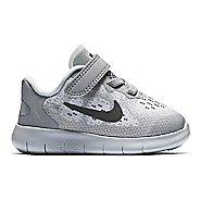 Kids Nike Free RN 2017 Running Shoe - Grey/Pink 5C