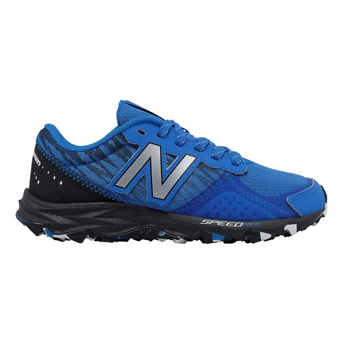 Kids New Balance 690v2 Trail Running Shoe - Blue/Black 5.5Y
