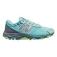 Kids New Balance 690v2 Trail Running Shoe - Mint/Grey 4.5Y