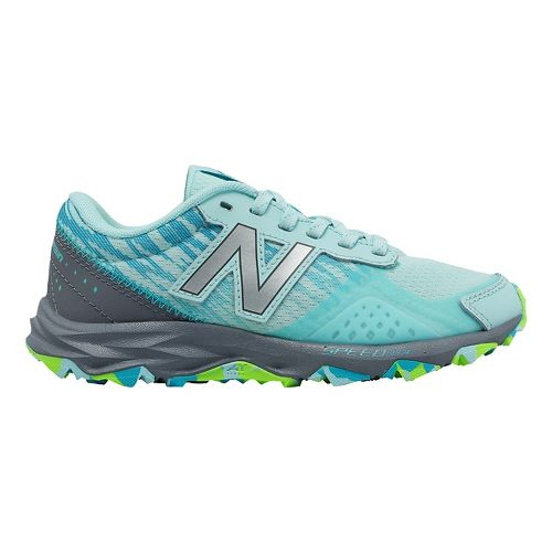 Kids New Balance 690v2 Trail Running Shoe - Mint/Grey 7Y