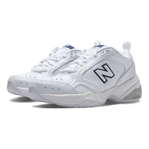 Womens New Balance 624v2 Cross Training Shoe - White 8.5