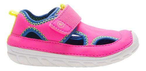 Stride Rite SM Splash Sandals Shoe - Fuchsia 5C