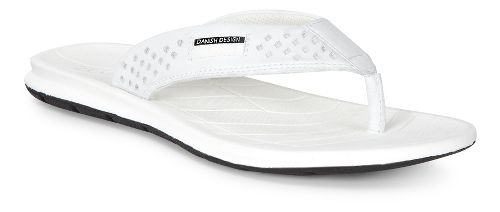 Womens Ecco Intrinsic Thong Sandals Shoe - White 35