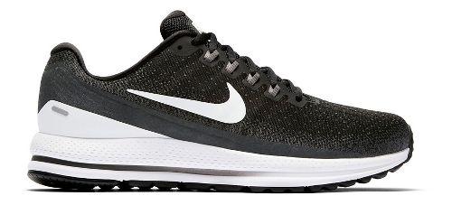 Mens Nike Air Zoom Vomero 13 Running Shoe - Black/White 11