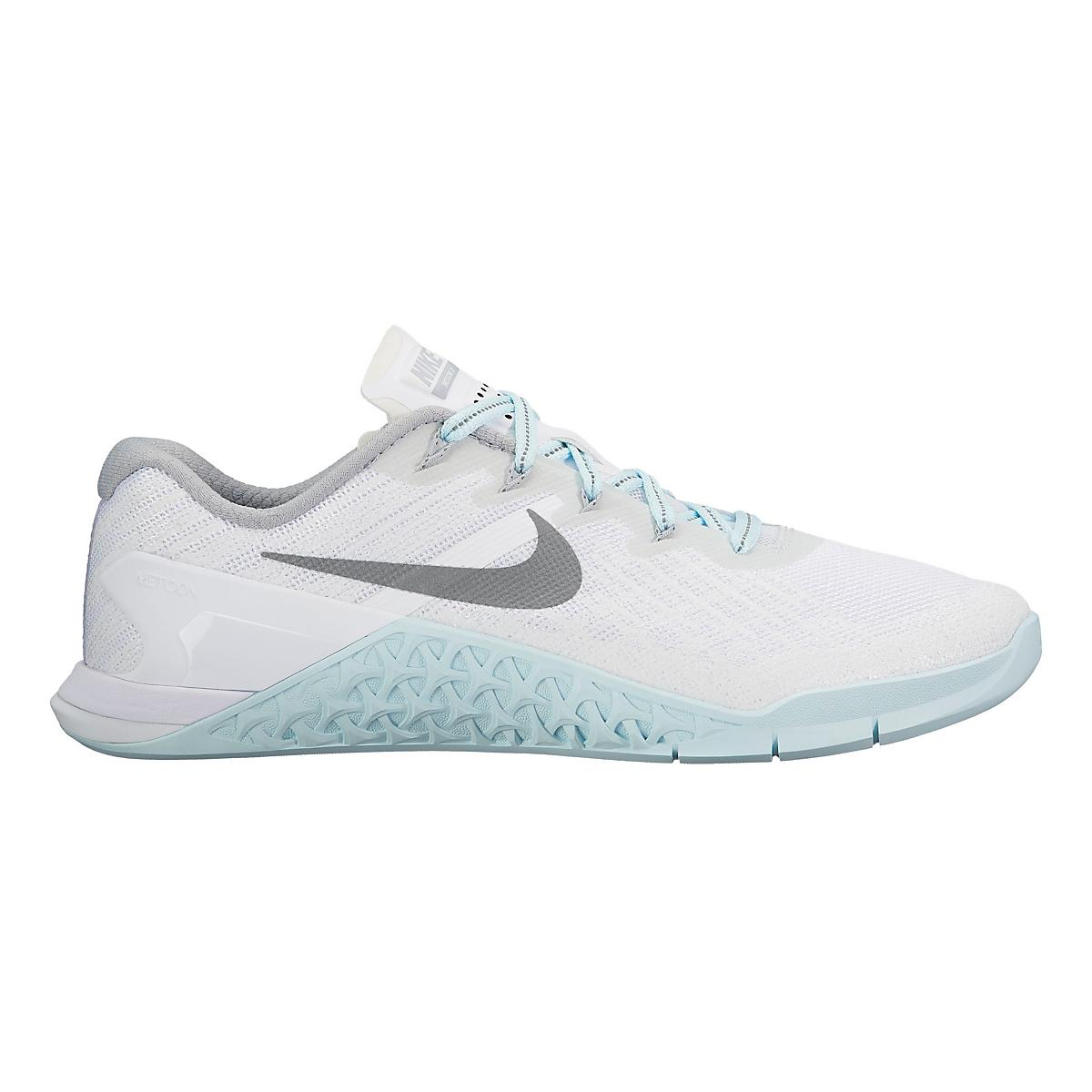 womens nike metcon 3 reflect cross training shoe at road. Black Bedroom Furniture Sets. Home Design Ideas
