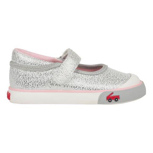 See Kai Run Marie Sandals Shoe - Silver Glitter 6.5C