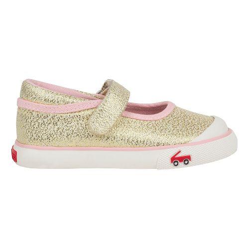 See Kai Run Marie Sandals Shoe - Gold Glitter 7C