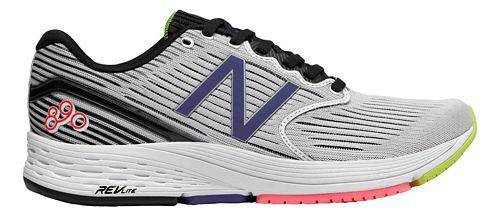 Womens New Balance 890v6 Running Shoe - White/Black 10.5