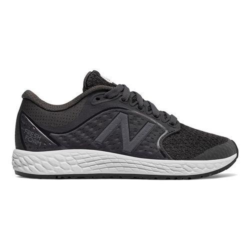 Kids New Balance Fresh Foam Zante v4 Running Shoe - Black/White 7Y