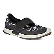Womens Ecco BIOM Amrap MJ Casual Shoe - Black/Black-White 40