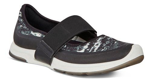 Womens Ecco BIOM Amrap MJ Casual Shoe - Black/Black-White 37
