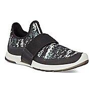 Womens Ecco BIOM Amrap Strap Casual Shoe - Black/Black-White 36