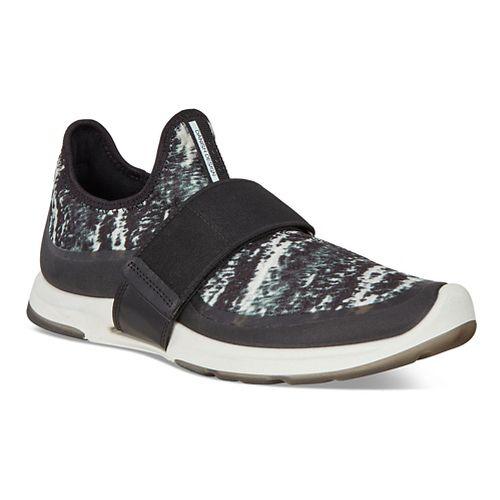 Womens Ecco BIOM Amrap Strap Casual Shoe - Black/Black-White 37