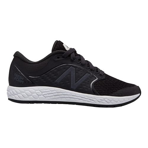 Kids New Balance Fresh Foam Zante v4 Running Shoe - Black/White 10.5C