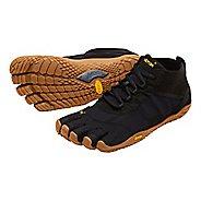 Womens Vibram V-Trek Trail Running Shoe - Black/Gum 38