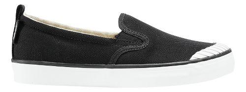 Womens Keen Elsa Slip-On Casual Shoe - Black White 10.5