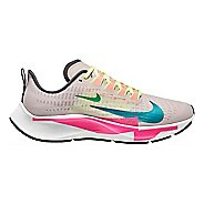 Womens Nike Air Zoom Pegasus 37 Premium Running Shoe