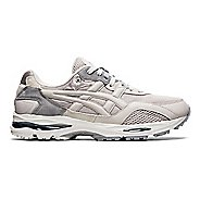 Mens ASICS GEL-MC Plus Casual Shoe