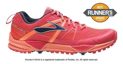Womens Brooks Cascadia 10 Trail Running Shoe - Berry 6