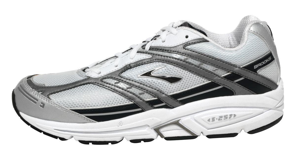 mens addiction 7 running shoe at road runner sports