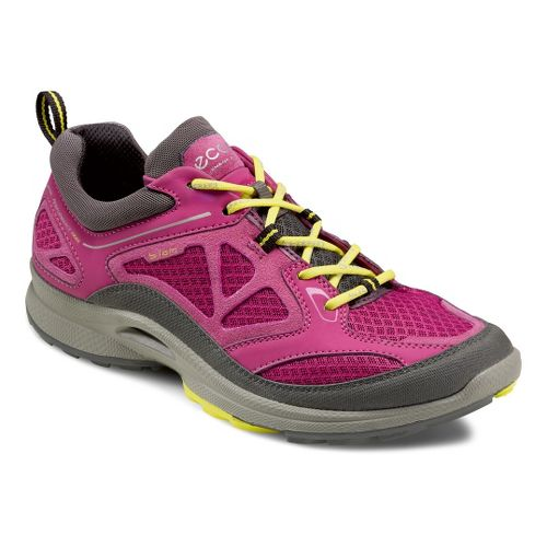 Womens Ecco USA Biom Ultra Quest Trail Running Shoe - Dark Shadow/Fuchsia 40